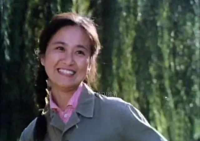 美丽的她,是袁牧之女儿,出自明星班,却不想当明星,57岁去世真可惜