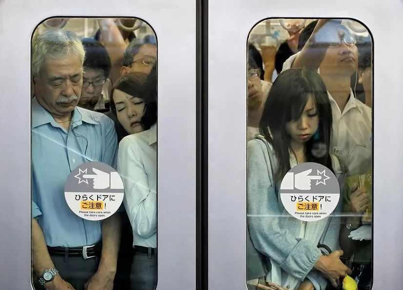 迈克尔·沃尔夫:东京压缩