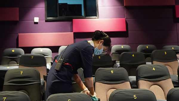 直击上海电影院复工首日:有了电影,就感觉又有了生活的动力