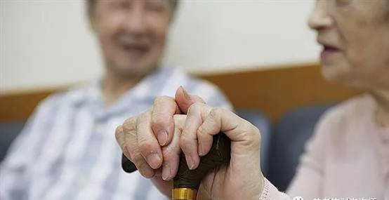 2018年中国人口老龄化发展趋势、面临问题及应对措施