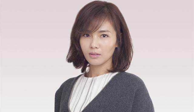 42岁刘涛前夫现状落魄不堪,靠搬砖维持生活,网友:还好早离婚了