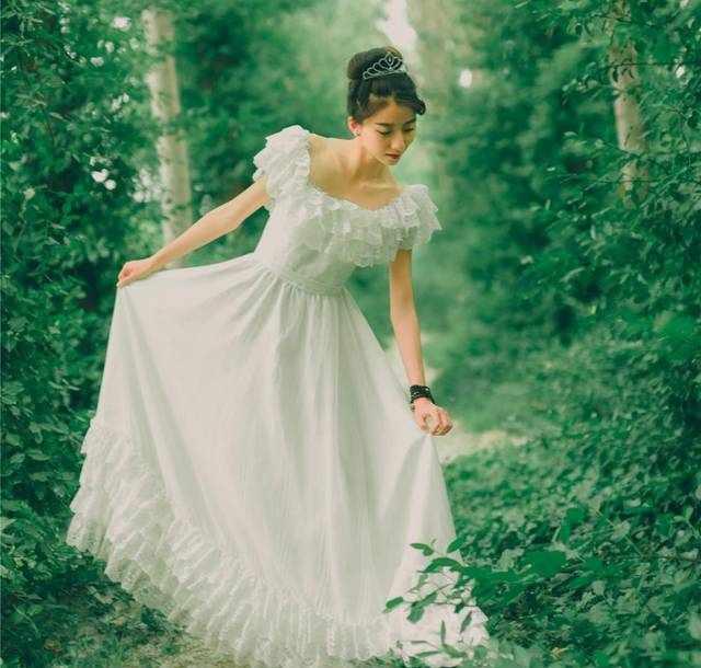 那些惊艳一时的复古风连衣裙