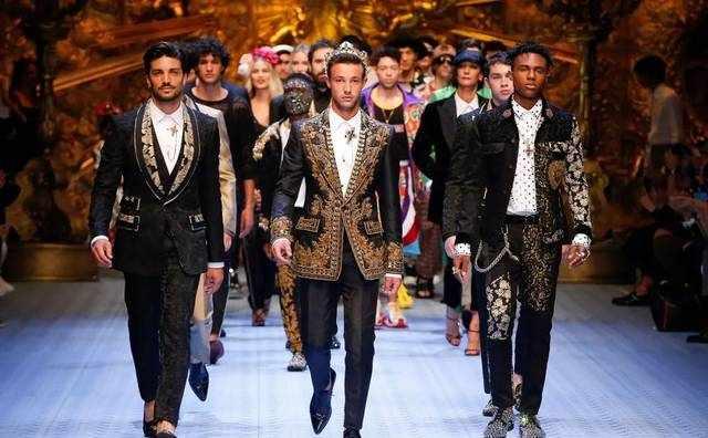 Dolce & Gabbana 竟然秘密的办了一场男模内衣秀!