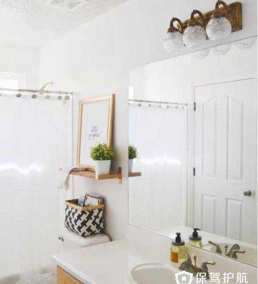 家装 | 适合小卫生间的10款好看又有设计的浴室置物架