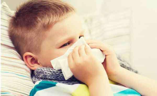 小孩子嗓子疼最快方法 孩子嗓子发炎发烧偏方 最快速有效的缓解方法