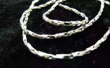 男士银项链 男士银项链如何搭配衣服