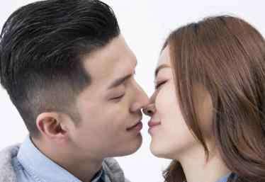 怎么样接吻 怎样吻让女人受不了 让女人欲罢不能的接吻技巧,必学!
