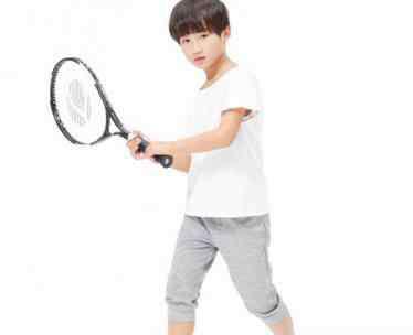 学网球 学网球的最佳年龄是几岁 什么年龄开始学网球最好