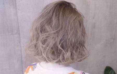 2017流行发型 短发2017流行发型 新年时髦短发LOOK