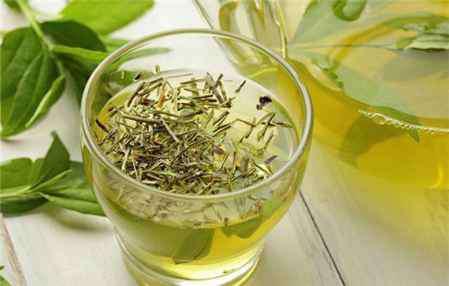 枸杞茶叶 枸杞能和茶叶一起泡吗 枸杞和什么一起泡更保健
