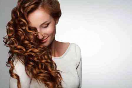 中分卷发发型图片 中分卷发发型图片 唯美浪漫韩范尽显