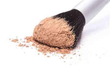 散粉怎么用 油性皮肤散粉怎么用 散粉除了用散粉刷还可以用什么