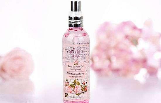 玫瑰精油使用方法 玫瑰精油的使用方法 9大方法灵活使用玫瑰精油