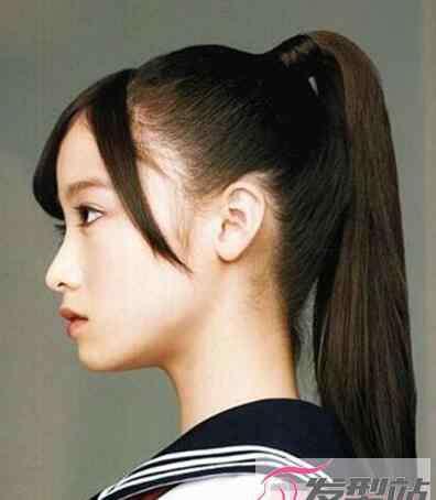 学生马尾辫简单又漂亮 适合学生的马尾辫发型 青春活泼摇身一变校园女神