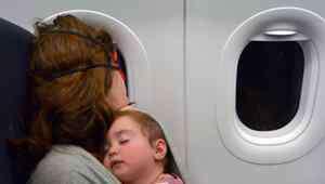小儿吐奶 婴儿呕吐和吐奶的区别