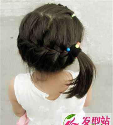 夏季长发发型 夏季中长发小女孩编发发型图片 清新甜美俏皮可人十分惹人爱