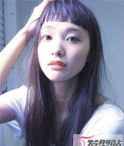长直发刘海发型图片 长直发适合什么刘海 眉上刘海让个性与时尚并存