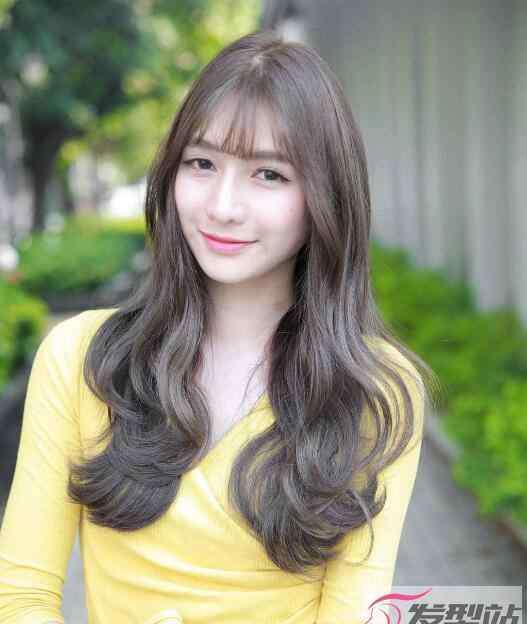 卷发发型图片 女生好看的卷发发型图片 美出新高度的浪漫卷发