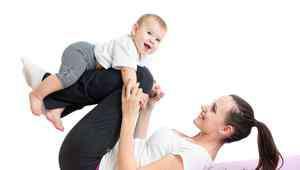婴儿吃奶呛到 婴儿吃奶呛到了揪耳朵可以吗