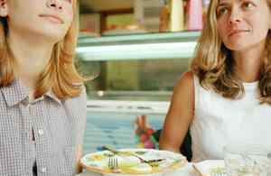 不吃晚饭减肥 不吃晚饭能减肥吗?有什么危害