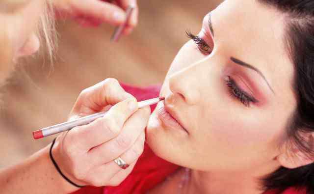 美容化妆步骤 女生化妆的正确步骤,新手必看化妆步骤详解