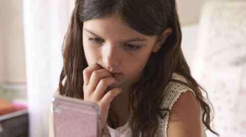 15岁女孩产双胞胎 山东15岁少女产双胞胎 过早生育危害大