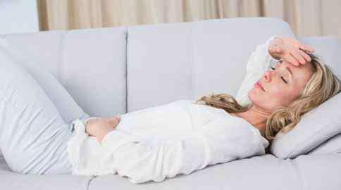 月经期长痘 经期为什么容易长痘 经期护肤有妙招
