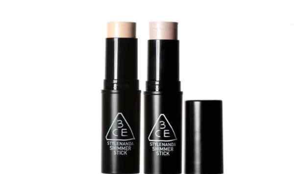 高光在化妆的哪个步骤 高光在化妆的哪个步骤 高光怎么用
