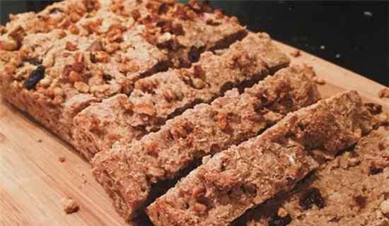 面包过期两天还能吃吗 全麦面包保质期过了还能吃吗